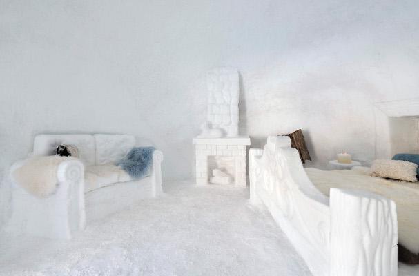 Snow-Suite-camera